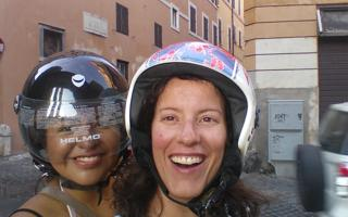 Discovering the city by scooter. Things to do in Roma