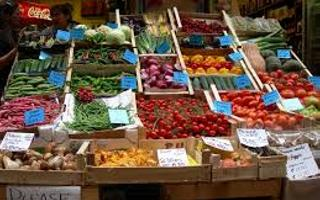 Shopping in the markets of Bologna-stop for glass of wine Osteria del Sole. Things to do in Bologna