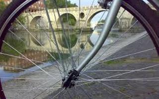Bike ride for the country and the monuments. Things to do in Randazzo