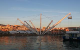 Aperitivo  by the docks. Things to do in Genova