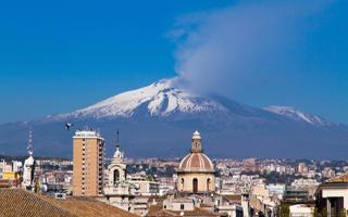 Catania city sightseeing, cooking lesson and home restaurant. Things to do in Catania