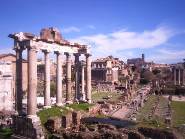 Colosseum Small Group Tour with Roman Forum & Palatine. Things to do in Roma