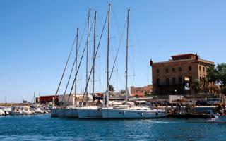 Walking tour in Favignana. Things to do in Favignana