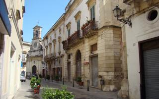 Urban trek in the city centre of Galatina: culture, history and shopping. Things to do in Galatina