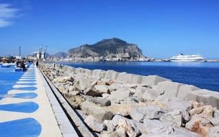 Waterfront: explore the city of Palermo by the sea. Things to do in Palermo