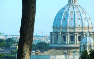 Happiness by bike. Things to do in Rome