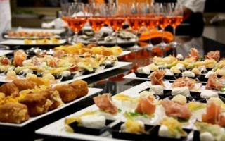 MANGIAMO...: All' Happy hour!. Cosa fare a Pavia