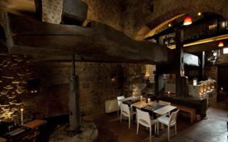 Cena al ristorante con il torchio. Things to do in Candelo