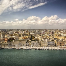 Walking between heaven and sea. Things to do in Brindisi