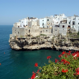 WALK ON THE CITY CENTER AND GREAT ICE CREAM.. Things to do in Polignano A Mare