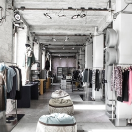 Tailored evening of shopping! Women only. Things to do in Cagliari