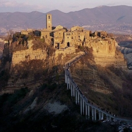 "CIVITA DI BAGNOREGIO: ""the dying city"". Things to do in Bagnoregio"