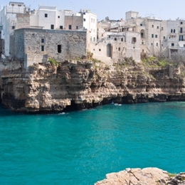 Polignano and Alberobello with one the best Apulian Ice cream and the typical taralli . Things to do in Bari