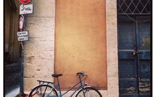 In bici per Roma: aperitivo itinerante. Things to do in Roma