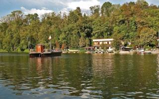 Leonardo's ferry and the Bird Observatory of Villa d'Adda. Things to do in Villa D'adda
