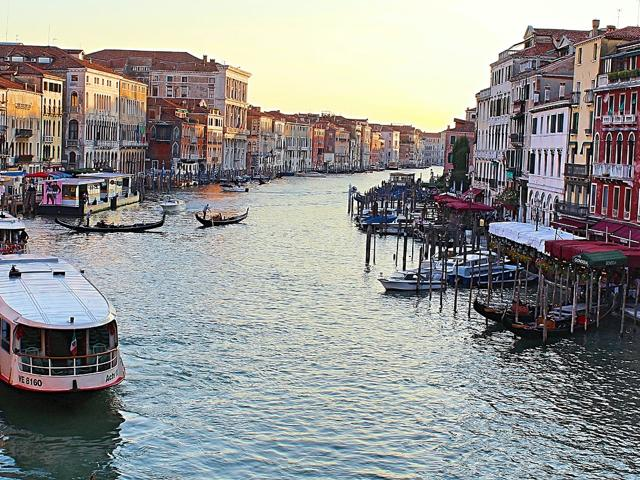 Cicchetti and Wine Tour. Things to do in Venezia